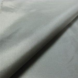 ô vật liệu 100% polyester calendering taffeta vải